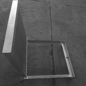 Rejilla de Acero .50 X .50 (Con contramarco)
